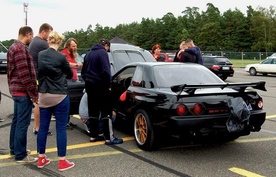 VIMOTA One Mile Race 2016 Nissan GTR 550
